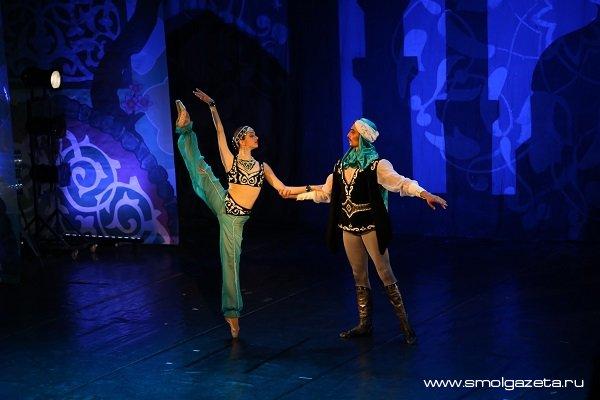 Смоляне увидят балет на музыку Фикрета Амирова «Тысяча и одна ночь»