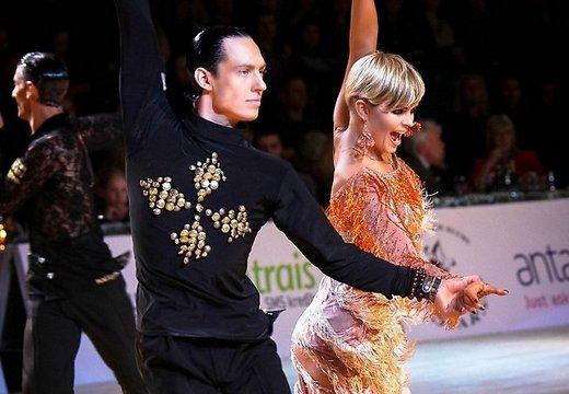 Латвийские танцоры Смолко и Пуховик стали вторыми на World Open в Риге