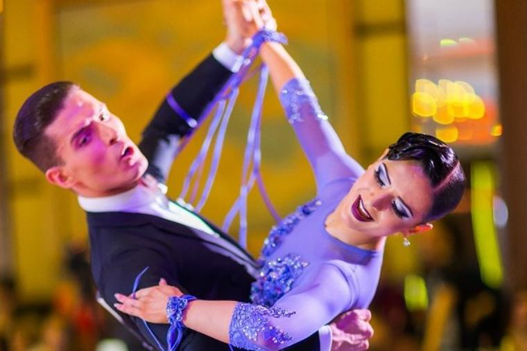 В Сочи прошел Чемпионат России по танцевальному спорту по программе 10 танцев.
